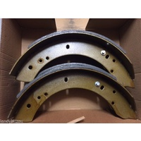 Land Rover Ex Army Perentie/Defender Rear Brake Shoes